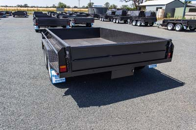 EXTRA HEAVY DUTY TANDEM AXLE TRAILER (HIGH SIDES)